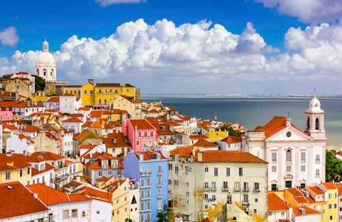 Capodanno a Lisbona Cenone Incluso Voli diretti da Cagliari