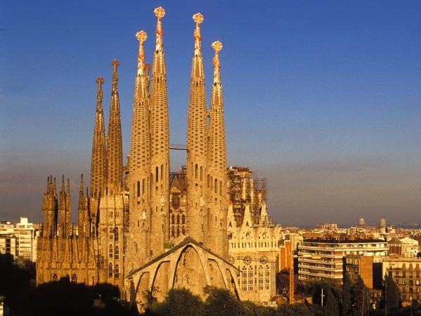 Capodanno a Barcellona Voli diretti da Cagliari