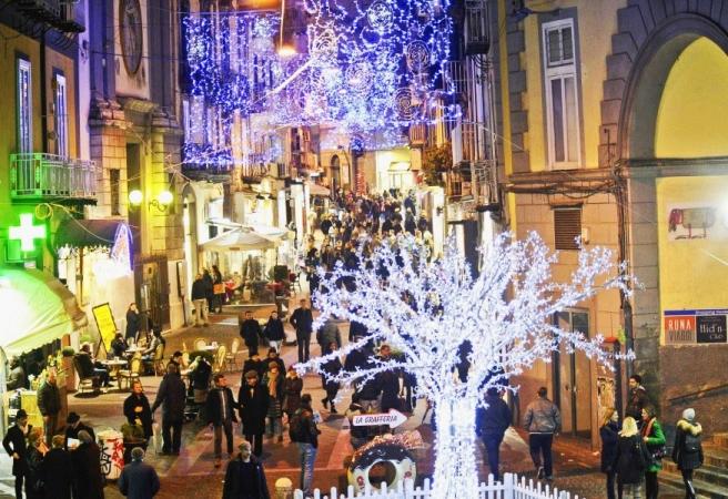 Mercatini di Natale a Napoli e Costiera Amalfitana Voli diretti da Cagliari