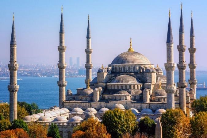 Capodanno a Istanbul Voli diretti da Cagliari